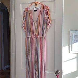 VICI sz L stripe  jumpsuit!! Perfect for spring!